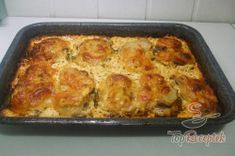 Recept elkészítése Réteges sertésszelet, lépés 8 Lasagna, Ethnic Recipes, Pork Cutlets, Grated Cheese, Souffle Dish, Top Recipes, Deli Food, Onions, Lasagne