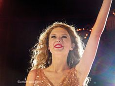 Taylor Swift Seak Now World Tour