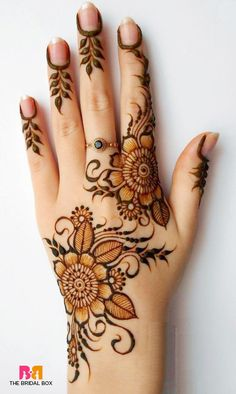Explore latest Mehndi Designs images in 2019 on Happy Shappy. Mehendi design is also known as the heena design or henna patterns worldwide. We are here with the best mehndi designs images from worldwide. Henna Hand Designs, Latest Mehndi Designs, Mehandi Designs, Henna Flower Designs, Mehndi Designs Finger, Simple Arabic Mehndi Designs, Mehndi Designs For Girls, Mehndi Simple, Flower Henna