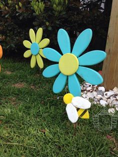 Bumble Bee Garden Art Outdoor Decor Shabby By ThisLittleCottageOBX