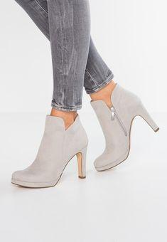 Tableau Images Shoes Meilleures Du Chaussures Tamaris Court 66 Cq6PBw