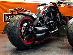 """Harley Davidson V Rod """"Candy"""" by Discover all our Custom Bikes and enjoy all our Muscle motorcycles around the world. Harley Davidson Night Rod, Harley Davidson Custom Bike, Classic Harley Davidson, Harley Davidson Fatboy, Harley Davidson Street, Harley Davidson Motorcycles, Vrod Custom, Custom Harleys, Custom Bikes"""
