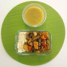 Hora de almoçar  Sopinha de legumes e lentilhas estufadas! Love it