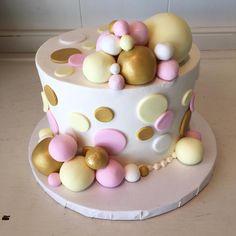 Trendy Pink And Gold Polka Dot Cake @flourshoptx
