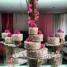Nigerian Wedding: 25 Stunning Separate Tier Wedding cakes By Repocreativa