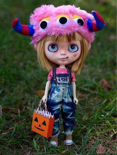 The Trick or Treater Hannah Custom Blythe Doll by por SweetCrate
