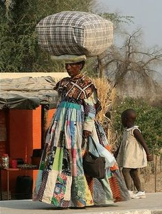 The African Women who dress like Victorians Грация...