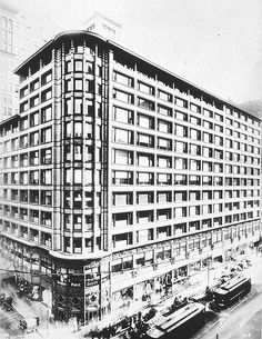 Carson Pirie Scott Building, Chicago - Louis Sullivan, Architect