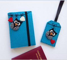 Baykuş Figürlü Pasaport Kılıfı ve Valiz Etiketi Seti Cross Stitch Embroidery, Felting, Hogwarts, Book Art, Diy And Crafts, Pillows, Mini, Handmade, Gifts