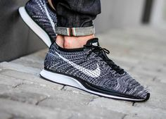 premium selection 8016d 7dec7 The Nike Flyknit Racer 2.0 Oreo Is Returning Next Friday Flyknit Racer  Oreo, Bursa,