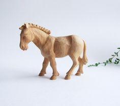 Folk Art Pequeña talla sueca de caballo // Madera por tiendanordica