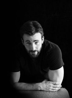 Beard style like robert gauthier ⋆ Men's Fashion Blog - TheUnstitchd.com