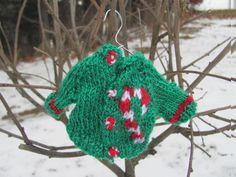 Week #3 Tiny Sweater KAL Pattern. Free. http://mountainstreetarts.com/?p=1585