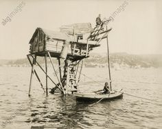 Fishing hut in the Bosphorus / Photo 1885 Istanbul, Old Photos, Sailing Ships, Discovery, Image Search, Survival, Boat, History, Country