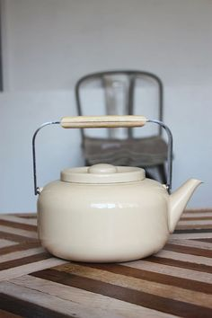 Danish Modern Teapot. (I have one of these in an ugly color...never thought about spray painting it until just now. Could use as a planter)