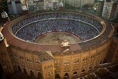 In this Sept. 25, 2011 file photo, Spain's bullfighter Jose Tomas performs at the Monumental bullring in Barcelona, Spain. (AP Photo/Emilio Morenatti, File)