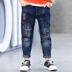 Teen Pants, Kids Pants, Baby Jeans, Denim Jeans Men, Denim Branding, Colored Jeans, Denim Fashion, Kids Shirts, Boy Outfits
