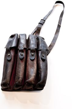 4 POUCH VINTAGE LEATHER BAG