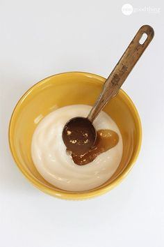 All About Skin Care With These Tips DIY Skin Brightener! Yogurt and Honey Facial MaskDIY Skin Brightener! Yogurt and Honey Facial Mask Honey Facial Mask, Facial Masks, Facial Scrubs, Diy Mask, Diy Face Mask, Face Scrub Homemade, Homemade Facials, Honey And Cinnamon, Ground Cinnamon