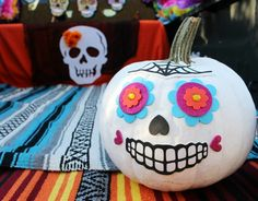 Day of the Dead Trunk or Treat Ideas - Deonna Wade Halloween Celebration, Halloween Food For Party, Halloween Cakes, Family Halloween, Halloween 2018, Halloween Diy, Halloween Decorations, Halloween Costumes, Halloween Stuff