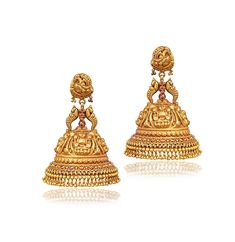 Gold Jewellery Shops in Chennai - Gold Jewellery in Chennai - JCS Jewellery Diamond Jhumkas, Gold Jhumka Earrings, Indian Jewelry Earrings, Gold Earrings Designs, Antique Earrings, Antique Jewelry, Wedding Jewellery Designs, Gold Wedding Jewelry, Gold Jewelry Simple