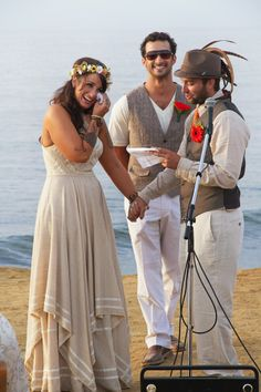 A Breathtaking Boho DIY Beach wedding at sunset cliffs in San Diego #boho #diy #beach www.studiosequoia.com