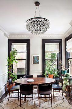Black window trim, white baseboard   Blair Harris Interior Design (via Grey and Scout)