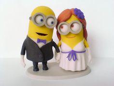 Muñequitos de torta para los recién casados.   29 Objetos que todo amante de los Minions tiene que tener