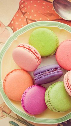 Rose petals mini cakes and original paintings on pinterest - Macaron iphone wallpaper ...