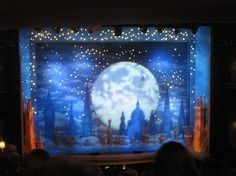 Mary Poppins set design, aka you know you're a theater kid when this gives you chills and you desperately start fangirling about Broadway 😂 Set Design Theatre, Stage Design, Mary Poppins Musical, Peter Pan Jr, Cinderella Musical, Stage Set, Scenic Design, Graphic Design Illustration, Design Elements