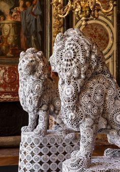 Joana Vasconcelos crochet-covered lions