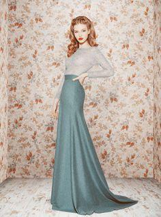 Russian Glamour by Designer Ulyana Sergeenko: Fall/Winter This just looks so elegantly comfortable Look Fashion, Fashion Beauty, Womens Fashion, Classy Fashion, Fashion Design, Women's Dresses, Pretty Dresses, Bridesmaid Dresses, Long Dresses