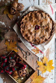 Apple pie. Pie. Autumn food. Food photography.