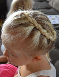 lace braid around the head