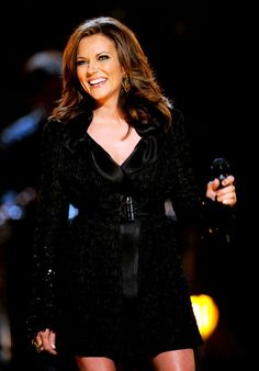 Martina McBride seen in 2004 Country Music Artists, Country Music Stars, Country Singers, Jana Kramer, Martina Mcbride, Female Singers, Celebs, Celebrities, Celebrity Crush