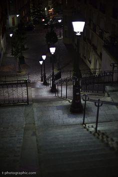 Paris at Night, Montmartre