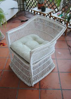 Vintage Wicker Chair Hollywood Regency Shabby Chic by TheLanai, $115.00