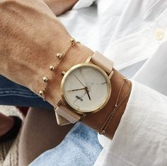 We've got the time. Have you got the place? Wherever you're going, the La Roche Petite Gold White Marble/Nude is going your way. Meet the watch you'll want by your side on all your favourite occasions.