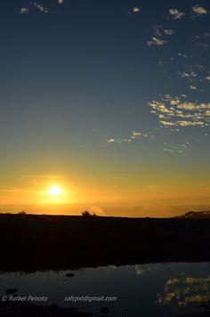 O sol põe-se da mesma forma todos os dias, mas podemos vê-lo de formas diferentes e de diferentes locais, sem nunca nos fartamos de o ver.