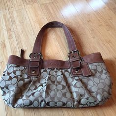 9e258657950a Coach Bag Good Used Condition. Lots and lots of life left in this bag.