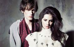 آلکسا پالادینو و همسرش دیوان چرچ مدتی با هم ترانه مینوشتند و آهنگ میساختند تا سال ۲۰۱۱ که اولین آلبومشان را با نام From Silence به بازار دادند. آهنگهای این آلبوم کمی پراکنده و ترکیبی از تکآهنگهای آنها بود. آلکسا و دیوان که اسم Exitmusic را شاید با الهام از اسم این آهنگ گروه ریدیوهد، برای گروهشان انتخاب کردند، سال ۲۰۱۲ آلبوم Passage را عرضه کردند که در مجموع هم خریدارها و هم منتقدها از آن راضی بودند.