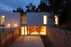 Mallorcan Residence Among Robust Pines and Holm Oaks 3 - Decoist