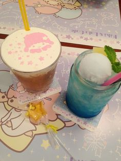 tokyogems:  6.24.14 the drinks that my sister and i shared at the kikilala cafe! ♡
