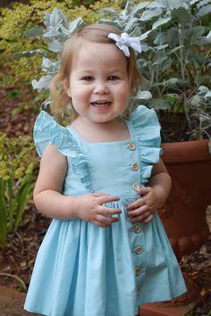 Baby Dress Pattern Free, Little Girl Dress Patterns, Baby Girl Dress Patterns, Girls Dresses Sewing, Dresses Kids Girl, Kids Outfits, Baby Girl Frocks, Frocks For Girls, Baby Frocks Designs