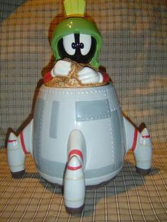 Marvin the Martian cookie jar by LONLAR803 on Etsy, $125.00