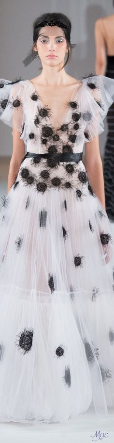 Unfortunately, that last-minute steaming of the dress before runway caused the spider-baby egg sac to bust wide open. Spring 2016 Haute Couture Yanina