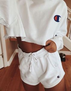 Fashion Tips Outfits .Fashion Tips Outfits Cute Lazy Outfits, Chill Outfits, Trendy Outfits, Outfits With Sweatpants, Lazy Summer Outfits, Casual College Outfits, Jogger Pants Outfit, Cute Athletic Outfits, Summertime Outfits