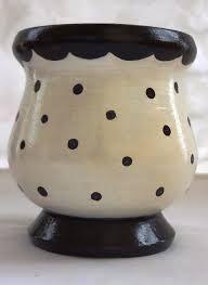 Resultado de imagen para mates pintados con acrilico Paper Mache Bowls, Paper Mache Clay, Diy Crafts For Teens, Diy For Kids, Diy Makeup Setting Spray, Diy Projects Small, Clay Paint, Diy Christmas Cards, Painted Pots