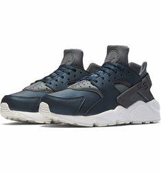 sale retailer 8b8dd b72a7 Main Image - Nike Air Huarache Run Premium Sneaker (Women)
