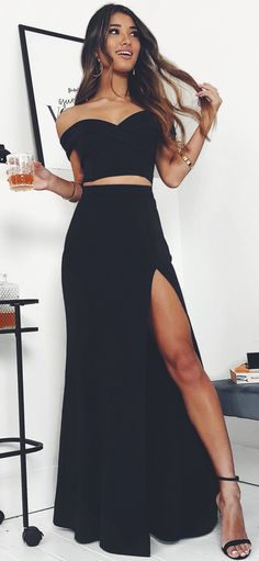 Piece prom dress - Tight Prom Dresses, Black Off the Shoulder Mermaid Prom Dresses with Split Side – Piece prom dress Prom Dresses Two Piece, Cute Prom Dresses, Prom Outfits, Black Prom Dresses, Ball Dresses, Elegant Dresses, Pretty Dresses, Spring Outfits, Fashion Clothes